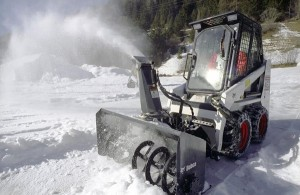 Bobcatsullaneve2_snowblower.jpg_Interflow - JPG - Fit to Box_600_500_true